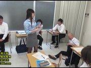 新任女教師-愛莉