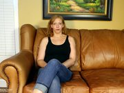 Amateur Mom gives a blowjob on casting couch
