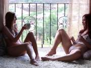 Babes - Kennedy Nash and Melody Jordan kiss and make up