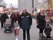 Amateur Tussi trifft alten Opa zum Muschi lecken auf Schützenfest